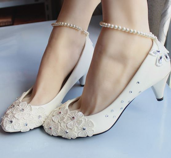 Middle heel wedding shoes ivory for woman, ankle pearls beading bracelets lace bridal shoe, ladies rhinestone flower party pump<br><br>Aliexpress