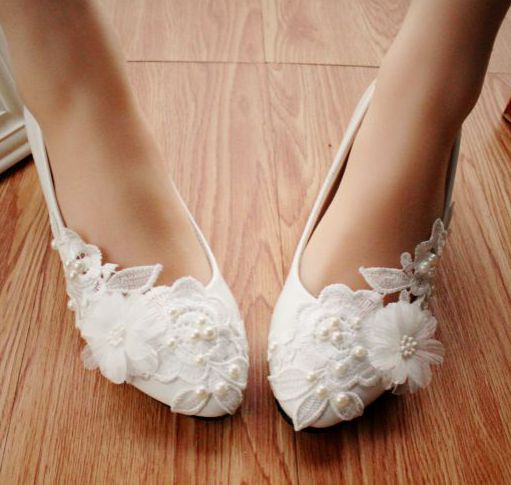 Middle heel 4.5cm heel woman white wedding shoes flower lace ornament, sweet pattern PR405 handmade womens bridal brides pump<br><br>Aliexpress