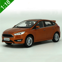 1:18 Scale All New Ford Focus 2016 Orange Hatchback Alloy Diecast Model Car Toy Collection Kids Gifts Free Shipping