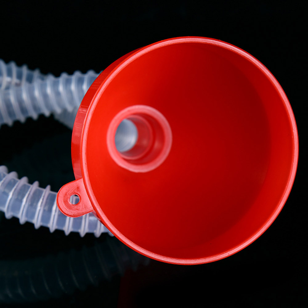 Car refueling funnel
