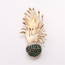 2016Free shipping Fashion jewelryEuropean and American fashion Marine plants ms brooch brooches accessories