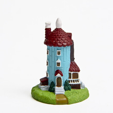 2016 New Mini Japanese Anime Moomin Resin Lighthouse Resin Figures Toy Dolls Miniature Garden Decoration