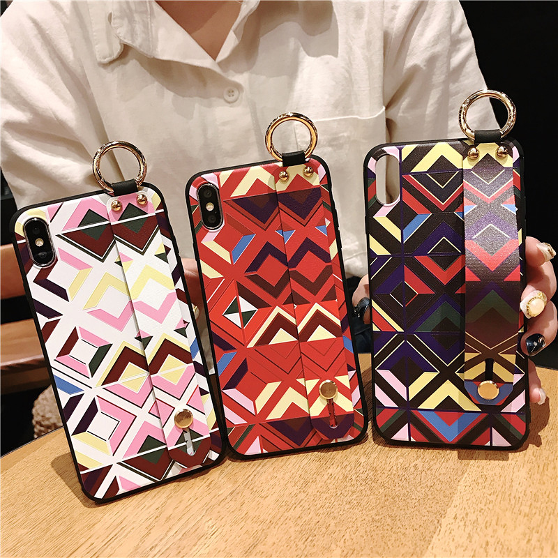1 SoCouple Retro Grid Pattern Wrist Strap Phone Case For iphone 7 8 6 6s plus Case For iphone X Xs max XR Soft Silicone Case