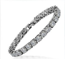 2014 trendy design  beautiful and elegant 925 silver high quality synthetic Diamonds wedding engagement Bracelet for women