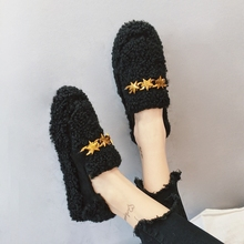 Single female han edition of new fund of 2017 autumn is recreational shoe joker pointed doug shoes add a cotton padded covering(China)