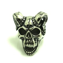 Mens Boys 316L Cool Punk Gothic Vimpire Cow Skull Silver Ring