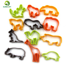 12PCS Plastic Animal Cookie Cutter Baking Tools Pastry DIY Biscuit Cookie Mold Bear Lion Decoration Sugar Craft Chocolate Mould