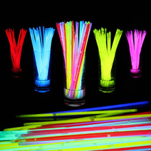 Hot 100pcs/set Evening Concert Wedding Birthday Christmas Party Supplies Fluorescent Bracelets Glow Sticks Night Light Sticks(China)
