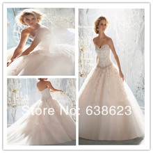AW671 Free Shipping lace Appliqued Ivory Dream Wedding Dress