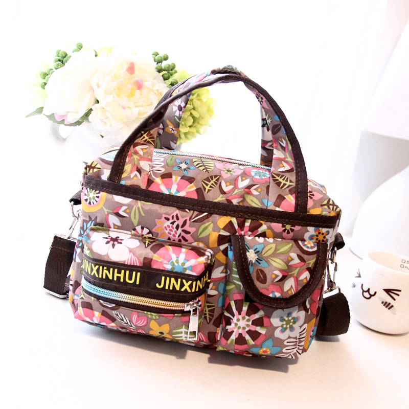 2017 New Style Cotton Prints Flat Cross-body Messenger Shoulder Bags Female Nappy Portable Womens Handbag Brief<br><br>Aliexpress