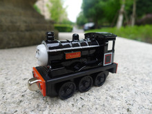 TT03-- Learning Curve Thomas & Friends Metal Diecast Vehicle Donald Toy Train New Loose(China)