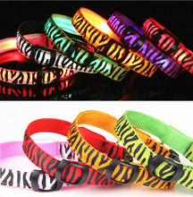 The New Cool Zebra LED Nylon Pet Dog Collar Big Small And Medium-Sized Dog In The Dark Light-Up 160310-19(China)
