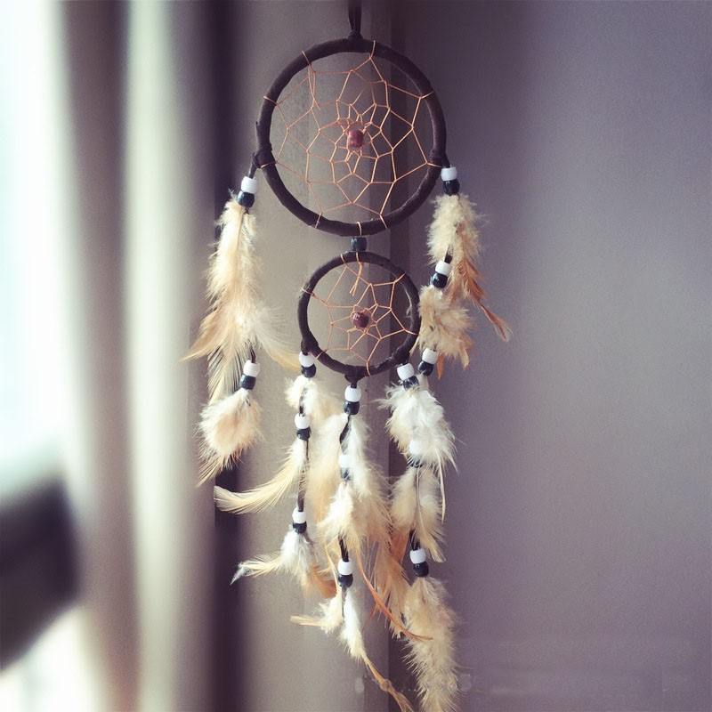 Attrape rêves Artisanal décoratifs plumes décoration intérieur capteur de rêves indien culture amérindiennes idées déco Dreamcatcher Noir