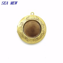 SEA MEW 10PCS 32mm*6mm Round Copper Locket Charms Photo Locket Pendants Jewelry Filigree Vintage Locket 6 Colors(China)