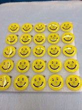 25pcs/lot New design led smiley badge yellow smile glowing brooch night flash souvenirs for birthday photo props light up toys