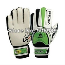 free shipping goal keeper's gloves football gloves high quality green S size children's size