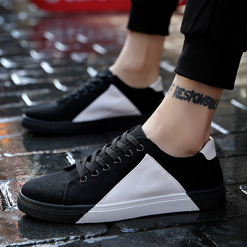 Hot new Mens casual shoes man flats breathable Mens fashion classic outdoor Mens canvas Shoes Men black white
