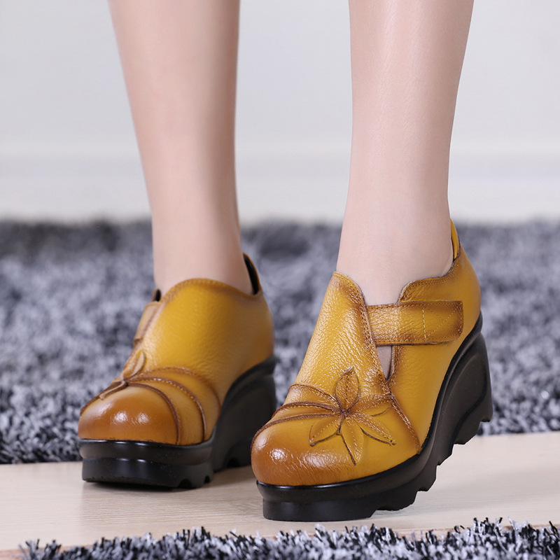 Charming 2017 New Women Sandals Soft Leather Summer Women Genuine Leather Handmade Comfortable Flat Casual Women Sandals<br>