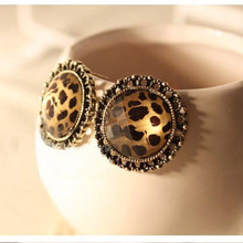 2016 New Fashion Hot Selling Fashion Cute Leopard Print Earrings Women's Earrings New E48(China)
