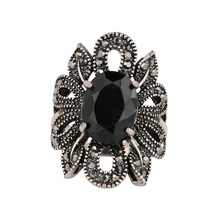 Yunkingdom Black Resin Popular Rings Accessories For Women Banquet Party Fine Jewelry Wholesale Nice Gift YUN0437(China)