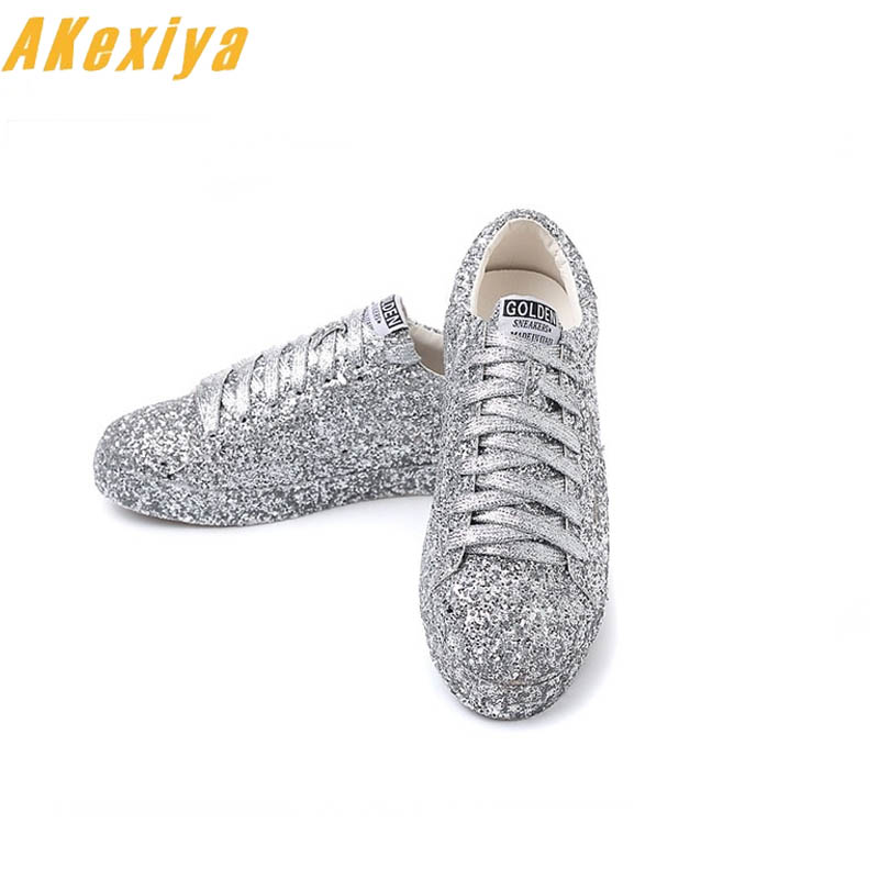 2019 Streets Fashion Trendsetter Glitter Silver Sequins Lace up Round Toe bling Flat Casual shoes Ladies creepers Shoes zapatos (China)
