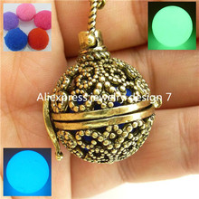 Butterfly Locket Box Necklace Cage Fragrance Aromatherapy Essential Oil Diffuser Glow in the dark