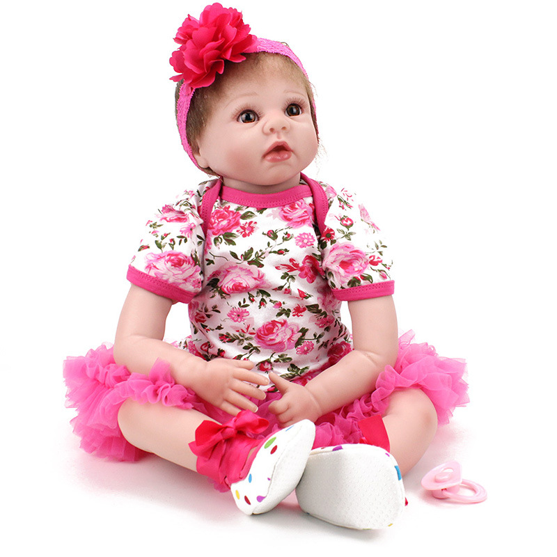 55cm Soft Dolls 22inch Silicone Reborn Doll Toys Realistic Bebe Doll Reborn Babies Lifelike Newborn Baby Doll For New Year Gift<br><br>Aliexpress