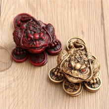 Luck Gift Feng Shui Small Three Legged Money for Frog Fortune Toad Chinese Coin Metal Craft Home Decor Bronze and Mahogany Color