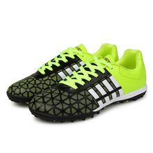 Vayrich 2017 Mens Outdoor Athletic Soccer Traning shoes Best Quality Breathable Wear Non-slip Black Soccer Shoes Sneakers