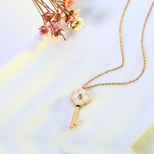 Titanium Stainless Shell  Clover Key Pendant Necklace Gold Dipped Charm Durable Color Necklace Women Jewelry RX058