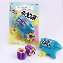 2017 New Mini Push Pop With Paper Poppers Confetti Kids Boys Gift Birthday Party Spray Supplies Wedding Decoration