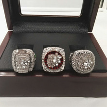 Wholesale Alloy Rings Sets for 3 Years Sets 2010/2013/2015 Ice Hockey Chicago Black Hawk Championship Rings With Wooden Boxes(China)