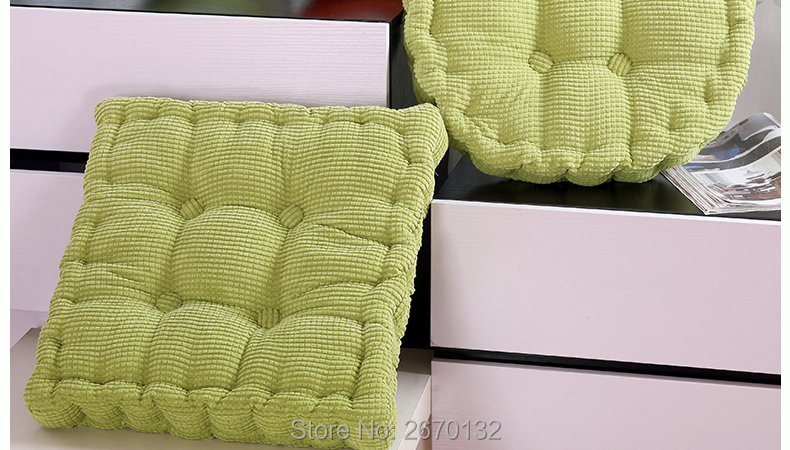 Corn-Cushion-790-02_02
