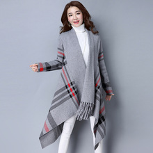 2017 New Autumn Winter Women Knitted Cardigan Sweater Plaid Print Asymmetry Long Sleeve Loose Knit Cape Poncho Top Feminino Y450