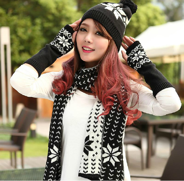 6 Color Hot 2017 Autumn Warm Scarves Hats Gloves Three-piece Women Snowflake Knit Hat Scarf Set Winter Foulards  Christmas Gift Одежда и ак�е��уары<br><br><br>Aliexpress