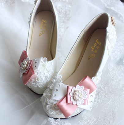 2017 new design brand new pink bow wedding shoes TG482 white lace female ladies round toe platforms party pumps shoe<br><br>Aliexpress
