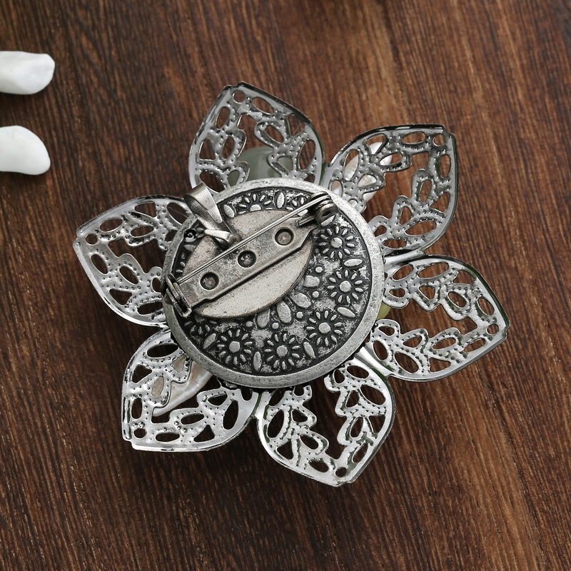 TDQUEEN Brooches for Women Natural Freshwater Pearl Brooch Antique Silver Plated Baroque Flower Big Pins and Brooches 2