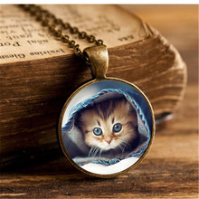 Summer Style Glass Cabochon Pendant Necklace cute cats Art Pictures Fashion Jewelry Vintage Bronze Chain Necklace for Women Gift