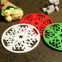 20pcs/lot Hollow snowflake Felt Coasters glass mat dinning table pad coffee pad christmas decorations wholesale