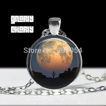 Under the dome handmade mens Full Moon Necklace 1pcs/lot bronze or silver Glass Pendant jewelry no air hot womens vintage 2017(China)