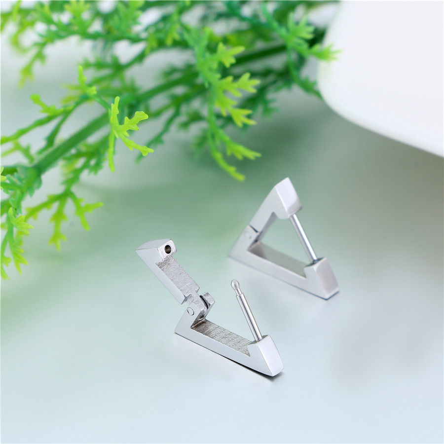 The Triangle Earrings