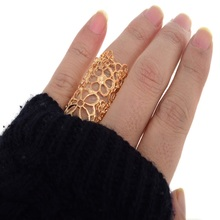 New Design Vintage Cutout Lace Flower Ring Black/Golde Big Finger Rings For Women Fashion Jewelry Gifts Factory Price Wholesale(China)