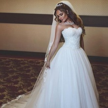 Simple Designer Bridal Gown with Pearls Off Shoulder Sleeveless Plus Size Tulle Lace up Ball Gown Ivory Wedding Dress 2017 Lace