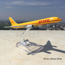1/400 Scale Yellow DHL Express Delivery Aircraft Boeing 757-200 B757 Diecast Airplanes Model Toys w/Demonstration Base Model Gi