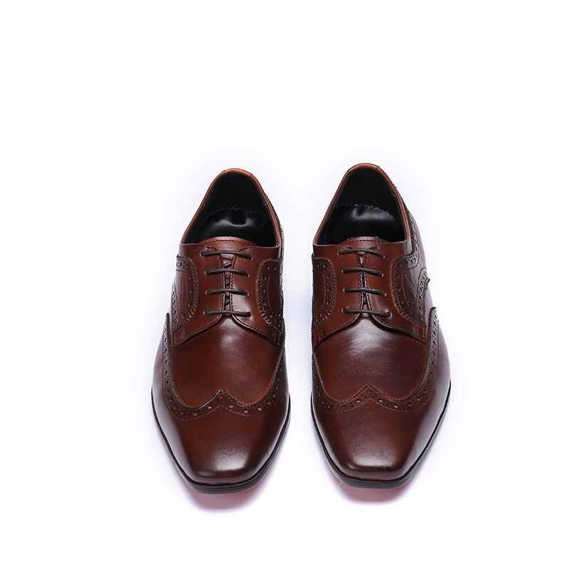 Brogue men leather Shoes