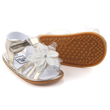 Summer New Collection Flower Sandals Baby Shoes Soft Rubber Sole Antislip Infant Shoes Gold /White 11/12/13cm