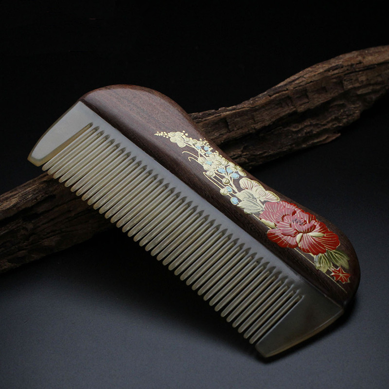 2017 Pure natural chicken wings hand painted lacquer comb high quality boutique horn comb health massage hairdressing comb<br>