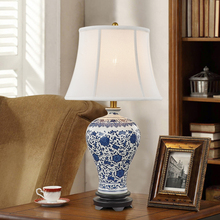 Blue and white New Chinese Vintage Table Lamp bedside light Living Room Study Room Retro Fashion porcelain Ceramic Table Lamp