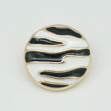 Hot sale 18MM KZ1074 Golden Zebra Charm Metal snap buttons fit DIY snap pendants jewelry High quality Wholesale