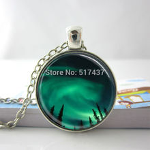 Womens Necklace Fashion 2014 Aurora Borealis Necklace Aurora Borealis in the Night Sky of Alaska Glass Tile Pendant Necklace HZ1(China)